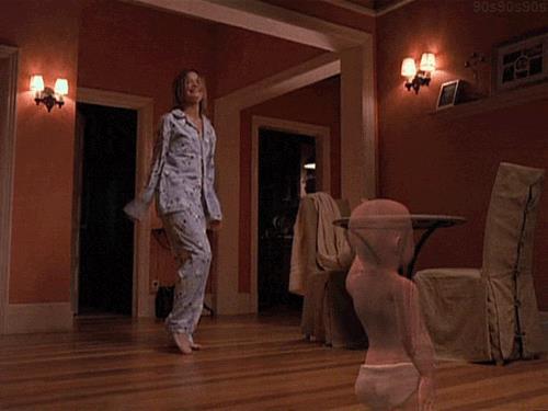 L'iconica scena di Ally McBeal