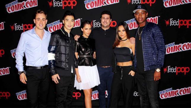 Il cast del film Power Rangers al Comic Con di New York