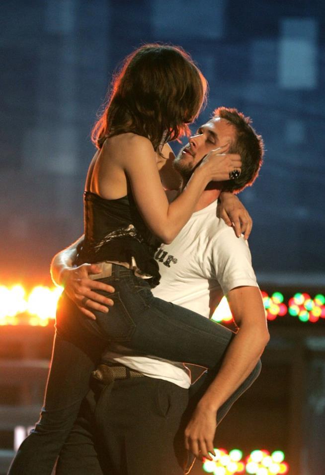 Il bacio più bello degli MTV Movie Awards 2005 è quello tra Rachel McAdams e Ryan Gosling