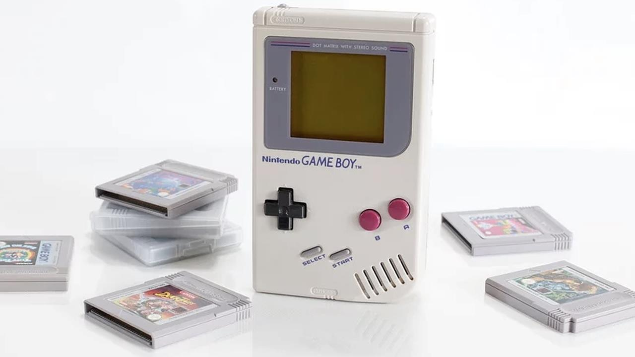 Nintendo regala un nuovo Game Boy a un