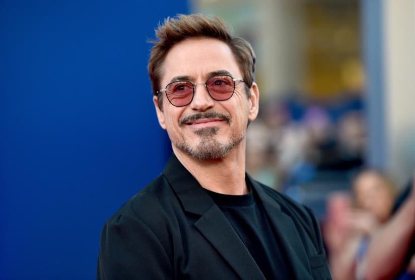 I 54 anni di Robert Downey Jr. festeggiati dai colleghi Avengers