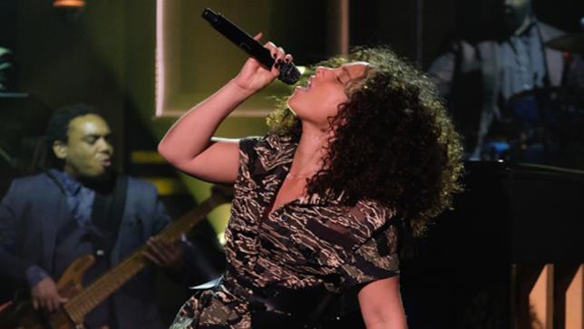 Alicia Keys al The Tonight Show con Jimmy Fallon
