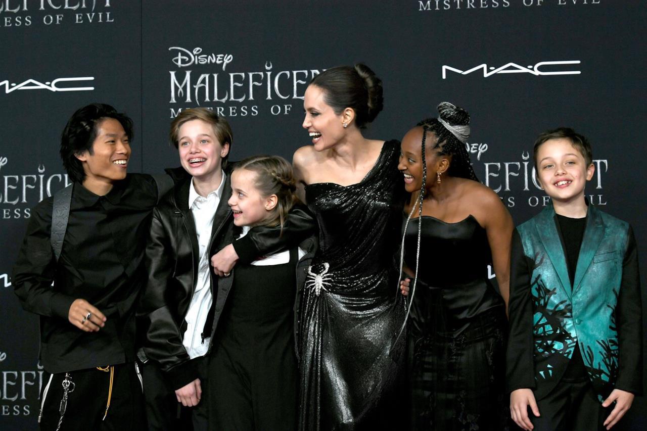 I figlia di Angelina Jolie e Brad Pitt alla prima di Maleficent 2 con la madre