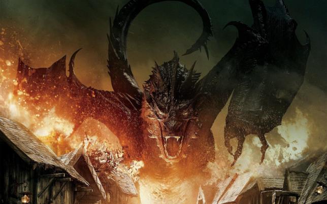 Smaug in Lo Hobbit: La Battaglia delle Cinque Armate