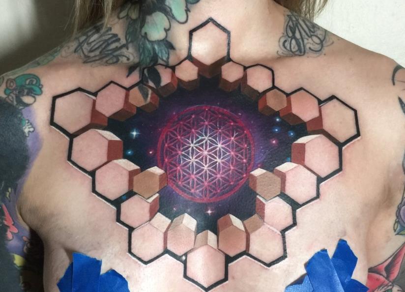 Un tatuaggio tridimensionale realizzato da Jesse Rix