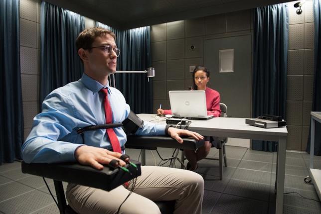 La recensione di Snowden di Oliver Stone