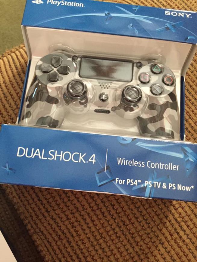 Un dipendente Sony crea un controller personalizzato per un gamer disabile