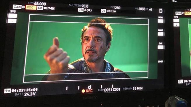 Un primo piano di Tony Stark/Iron Man in Avengers: Endgame