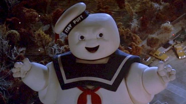 L'Uomo Marshmallow torna a terrorizzare nel reboot di Ghostbusters