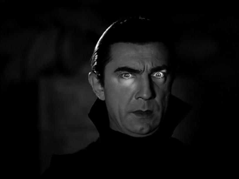 Il Conte Dracula è interpretato da Bela Lugosi