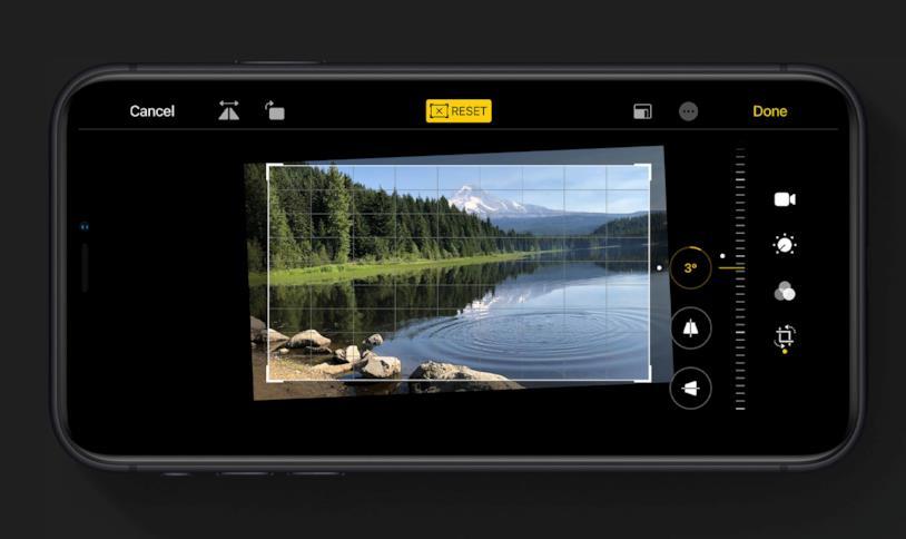 Immagine stampa degli strumenti per la modifica dei video in Foto di iOS 13