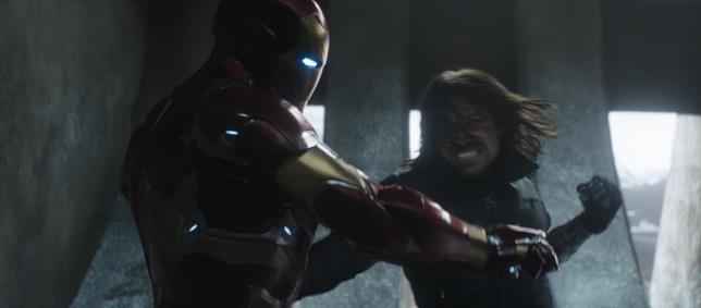 Iron Man combatte Winter Soldier in Civil War