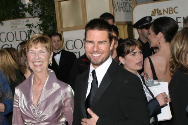Tom Cruise in compagnia di sua madre