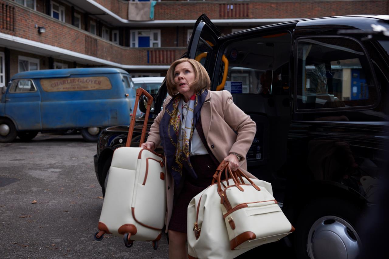 Ricomincio da noi trailer e immagini della commedia del - Non arriva gas in casa ...