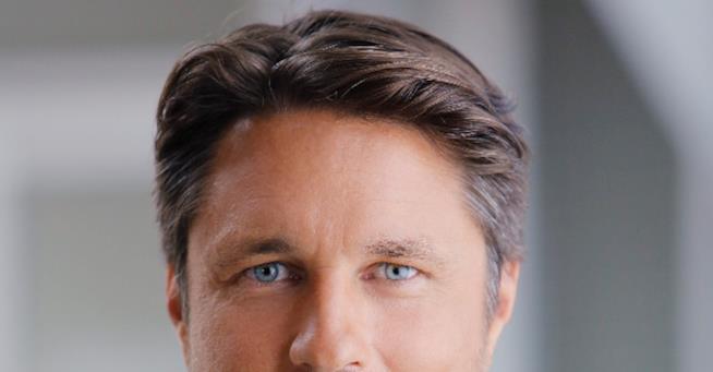 Lo sgiuardo magnetico di Nathan Riggs interpretato da Martin Henderson