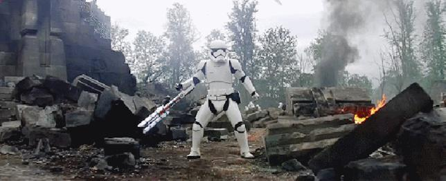 Lo Stormtrooper TR-8R in Star Wars 7