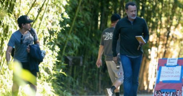 Tom Hanks sul set del film The Circle