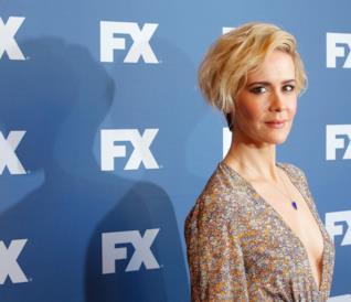 Una biondissima Sarah Paulson agli FX Network Upfront Screenings