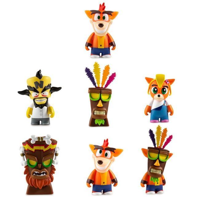 Le mini figure Kidrobot dedicate a Crash Bandicoot
