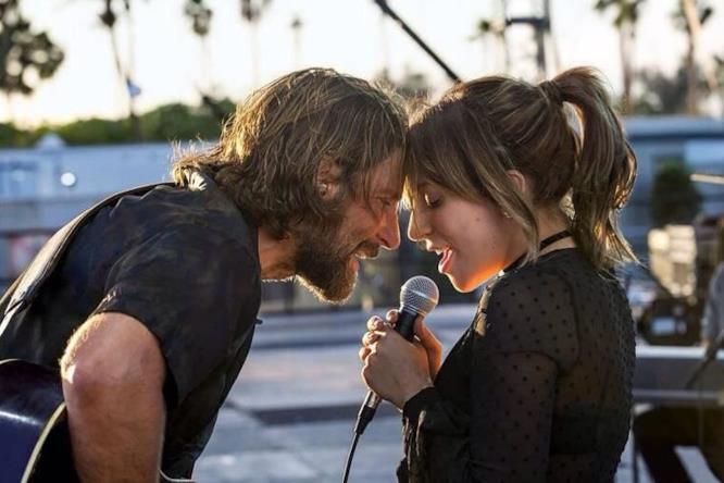 L'esordio alla regia di Bradley Cooper fuori concorso a Venezia