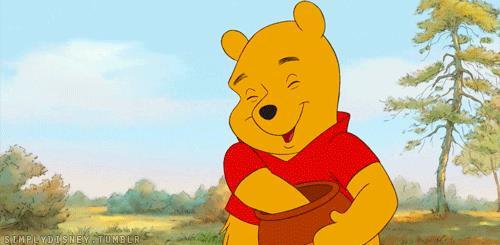 Winnie the Pooh a corto di miele in una GIF