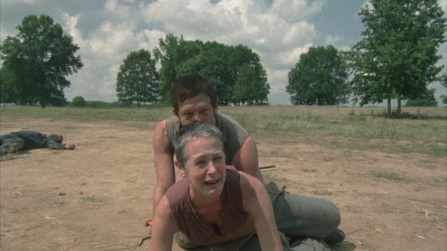 Carol e Daryl in Muore la speranza, stagione 2 di The Walking Dead