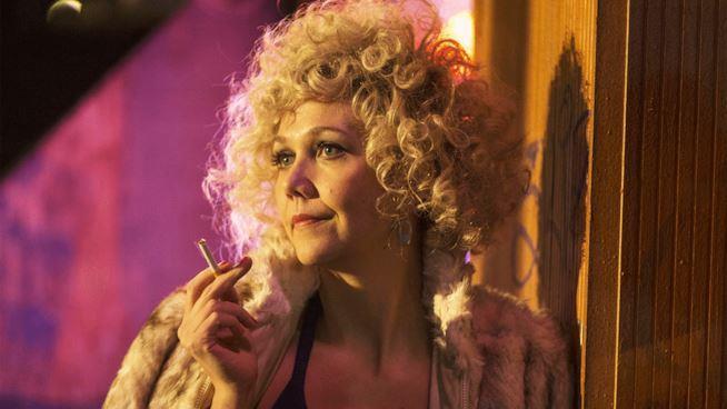 Maggie Gyllenhaal nei panni della prostituta e regista pornografica Candy in The Deuce