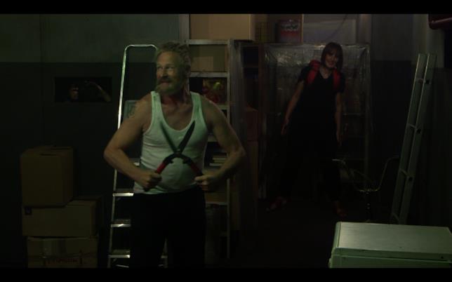 """Il """"Man in the Dark"""" in azione nello scantinato"""
