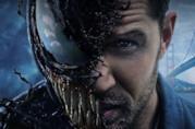 Un primo piano di Venom/Eddie Prock in un poster promozionale del primo film