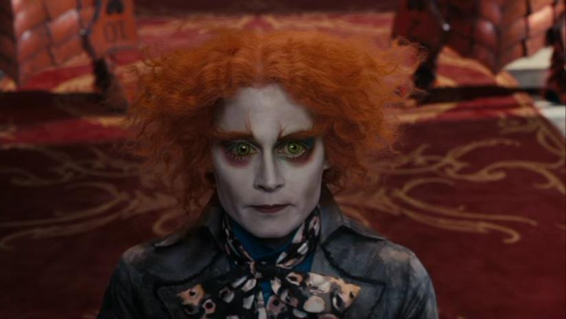 Una scena di Alice in Wonderland con Johnny Depp