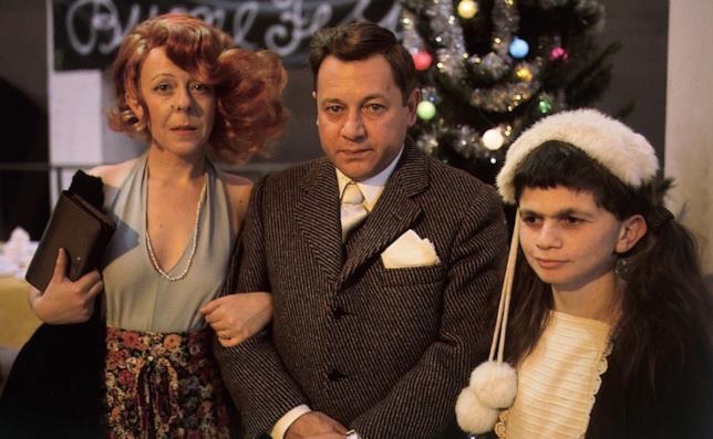 La famiglia Fantozzi al mitico Capodanno