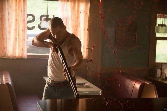 James Bloor interpreta il maniaco assassino Ike