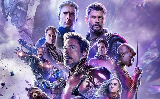 Poster russo di Avengers: Endgame