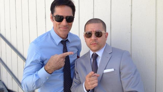 Thomas Gibson e lo sceneggiatore Virgil Williams