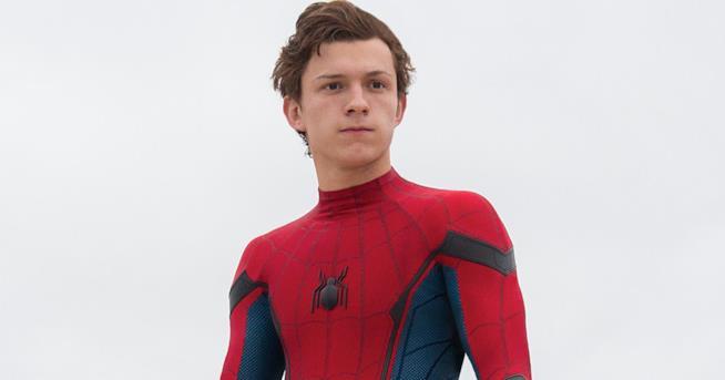 Anche Tom Holland, star di Super-Man: Homecoming, ha riportato lo stesso problema