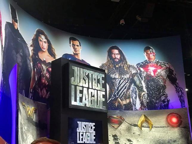 Lo stand dedicato a Justice League al San Diego Comic-Con 2017