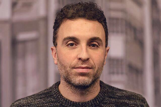 Lo scrittore Massimiliano Virgilio