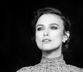 Keira Knightley alla premiere di Colette nel Regno Unito