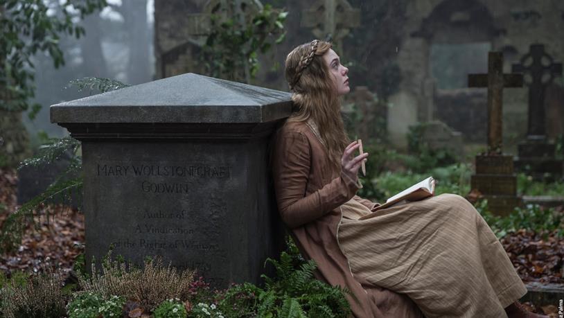 Elle Fanning è Mary Shelley nel film diretto da Haifaa Al-Mansour