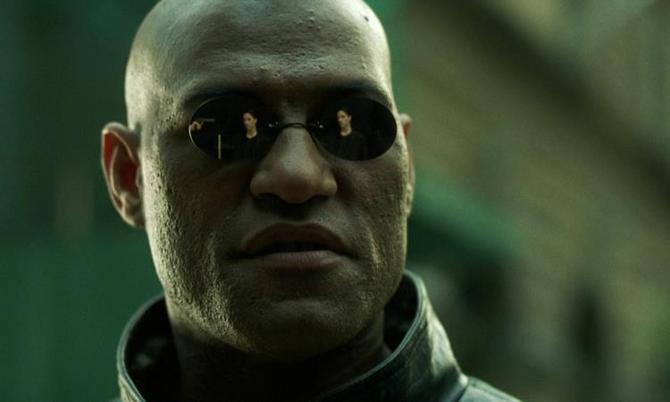Morpheus in una sequenza di Matrix