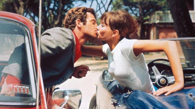 Lo scatto del bacio originale