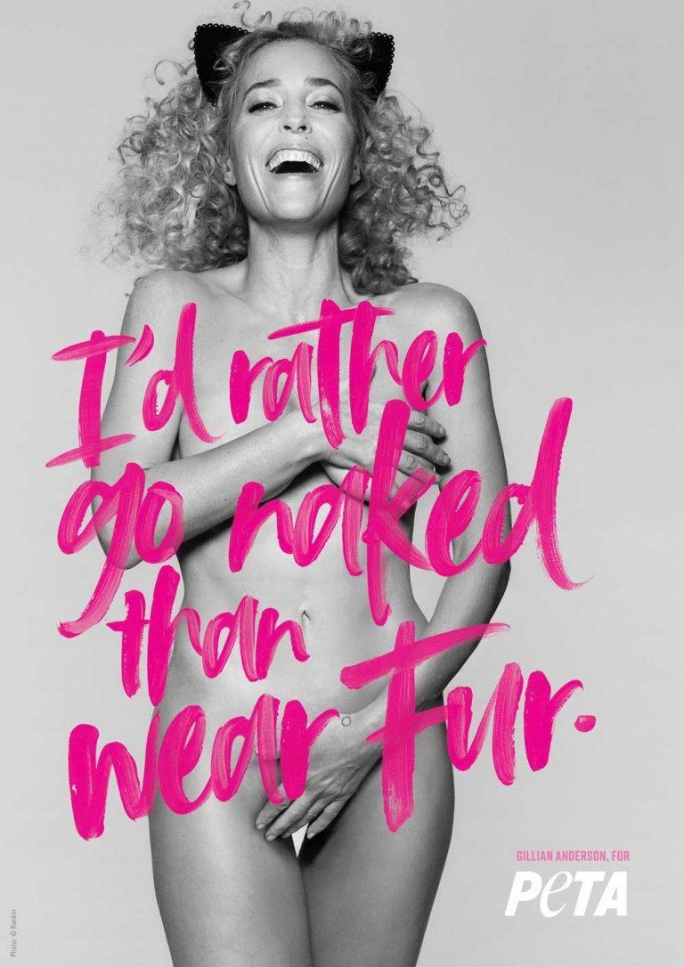 Gillian Anderson nuda in difesa degli animali