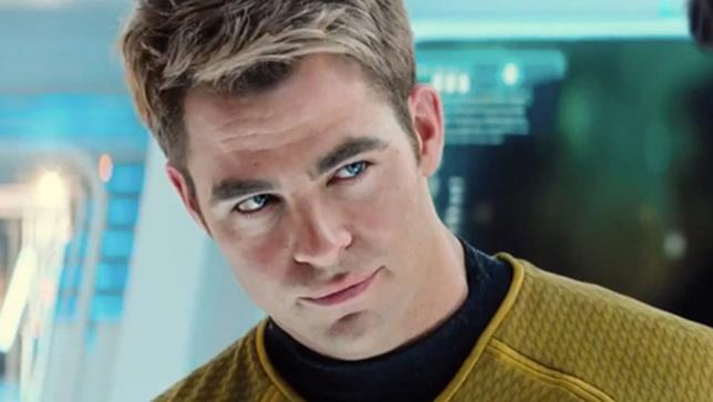 Capitano Kirk alias l'attore Chris Pine