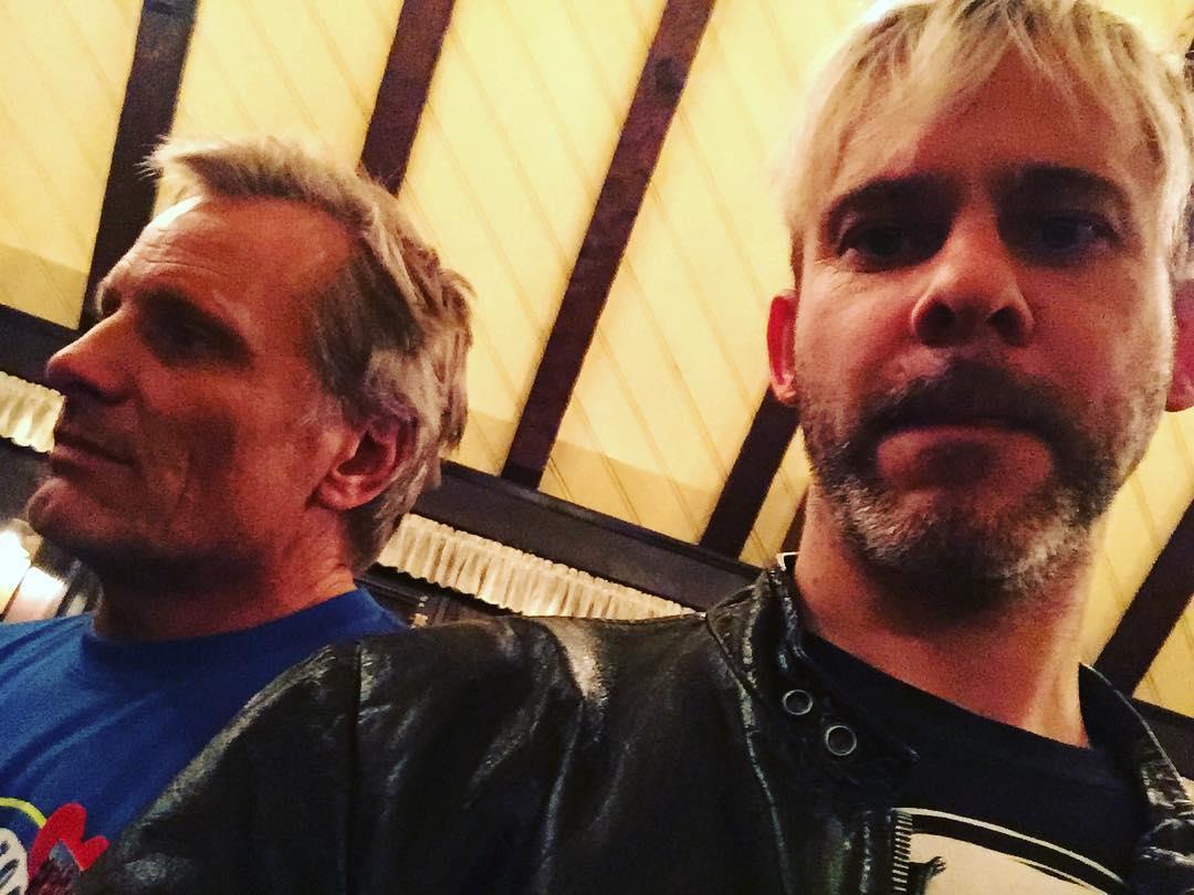 Primo piano di Viggo Mortensen e Dominic Monaghan