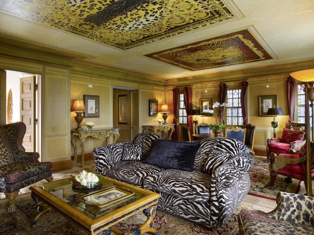 Un salotto di Villa Casuarina