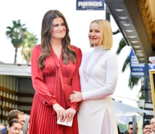 Kristen Bell e Idina Menzel: stelle sulla Walk of Fame per le star di Frozen!