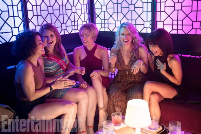 Rough Night: una festa col morto per le 5 protagoniste del film