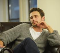 James Franco sulla poltrona