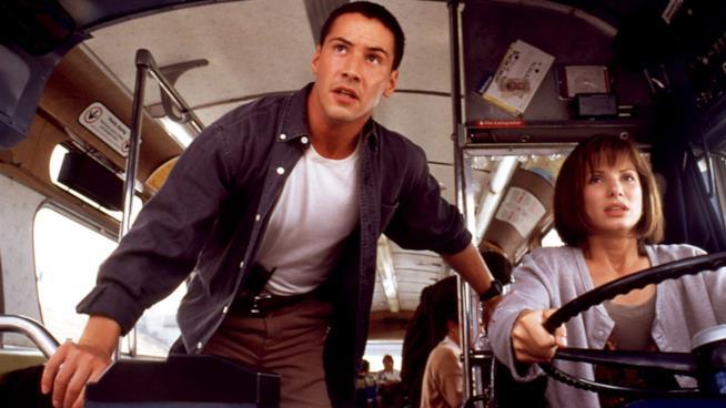 Keanu Reeves e Sandra Bullock in Speed