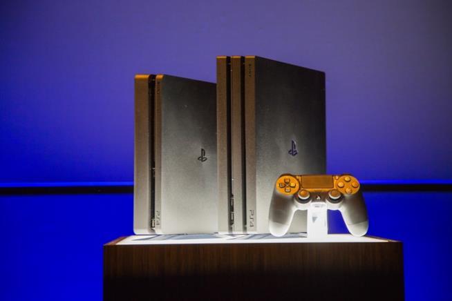 PS4 e PS4 Slim esposte al PlayStation Meeting 2016